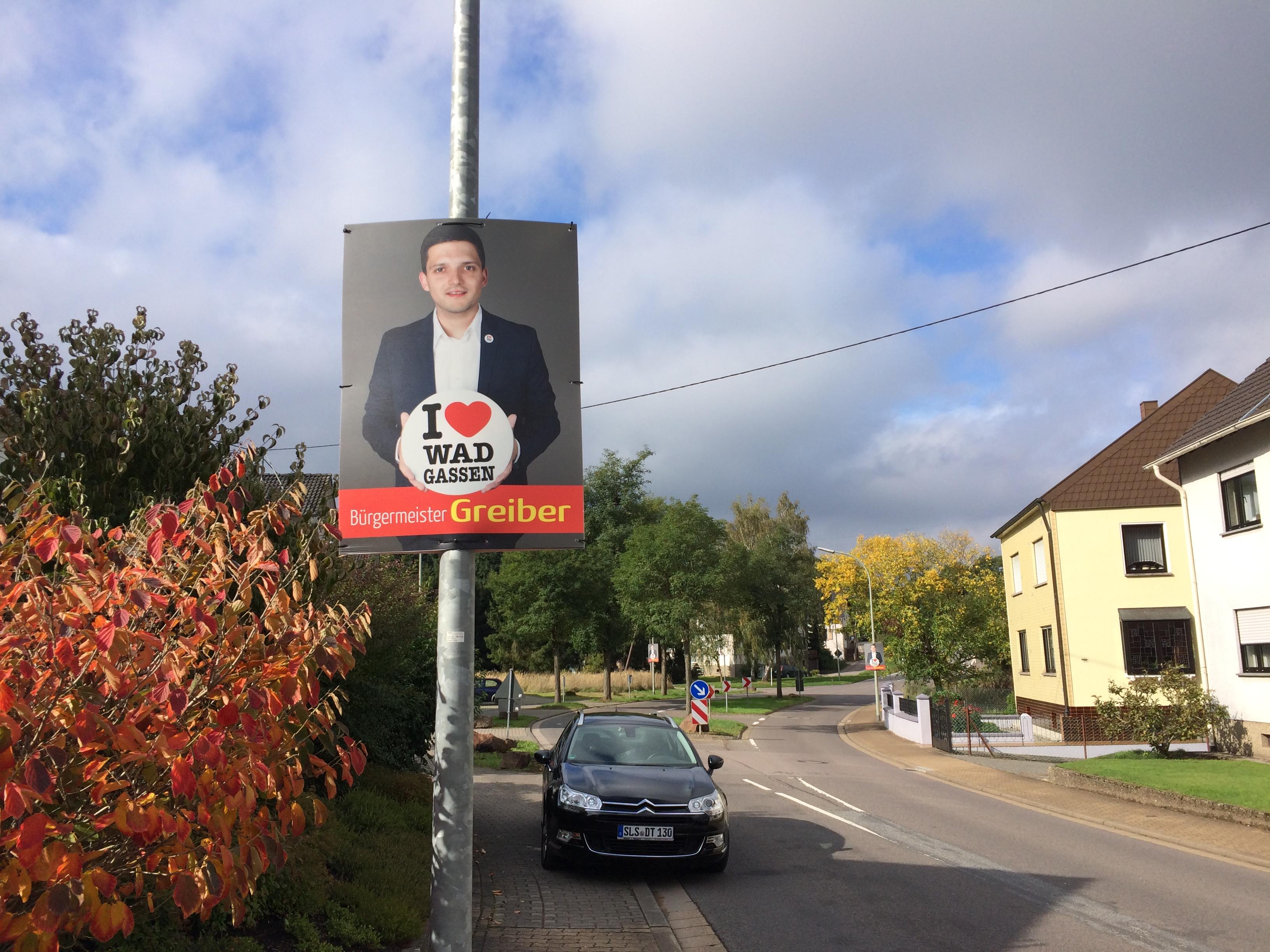 Die Plakate des freien Bürgermeister Kandidaten, Sebastian Greiber aus Wadgassen.