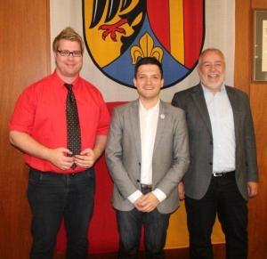 Der neue 1. Beigeordnete René Schmidt, Bürgermeister Greiber und Beigeordneter Jürgen Barth.