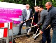 Start zum DSL Ausbau in Wadgassen mit Spatenstich am Rathaus