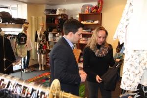 Bürgermeister Greiber besucht Heidi's Secondhand