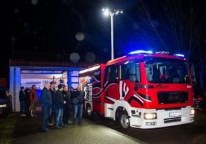 Ankunft des neuen MLF-Fahrzeuges des Loeschbezirkres Friedrichweiler. Foto: Rolf Ruppenthal/ 2. Feb. 2016