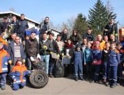 Picobello Aktion 2016 gemeinsam mit der Feuerwehr und Flüchtlingen