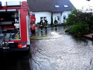 """Tief """"Friederike"""" fordert Großeinsatz der Feuerwehr"""